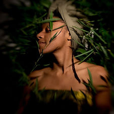 Treneti is a vocalist, bassist and intuitive musician. With her ensemble she creates sophisticated drum & bass forward music. Her sound is a blend of Avant Garde Jazz/Soul music with world and gospel influences.
