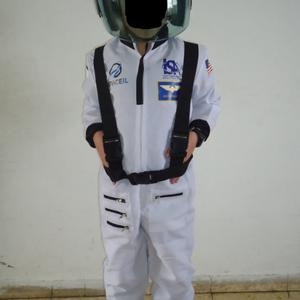 אסטרונאוט