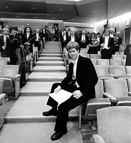 Ian Hobson and Sinfonia da Camera, 1984
