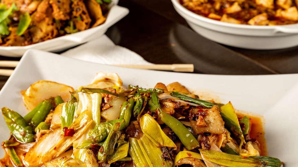 chinese-food-JYH5XZN.jpg