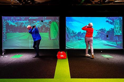 _D4X8796 golfindoor slag.jpg