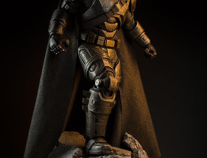 BATMAN V SUPERMAN ARMOR BATMAN PREM FORM