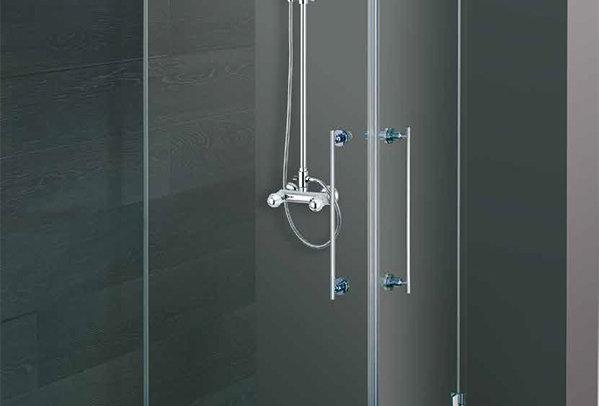 Box doccia - cristallo temperato satinato 8 mm.