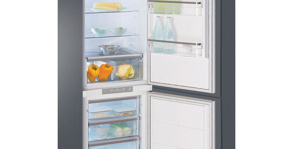 Whirlpool  frigorifero ad incasso A+