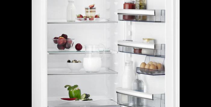 AEG  frigorifero ad incasso A++