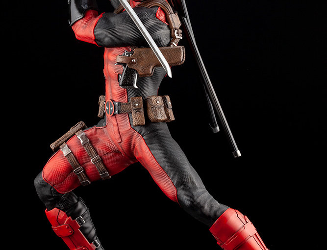 DEADPOOL MAXIMUM FINE ART STATUE