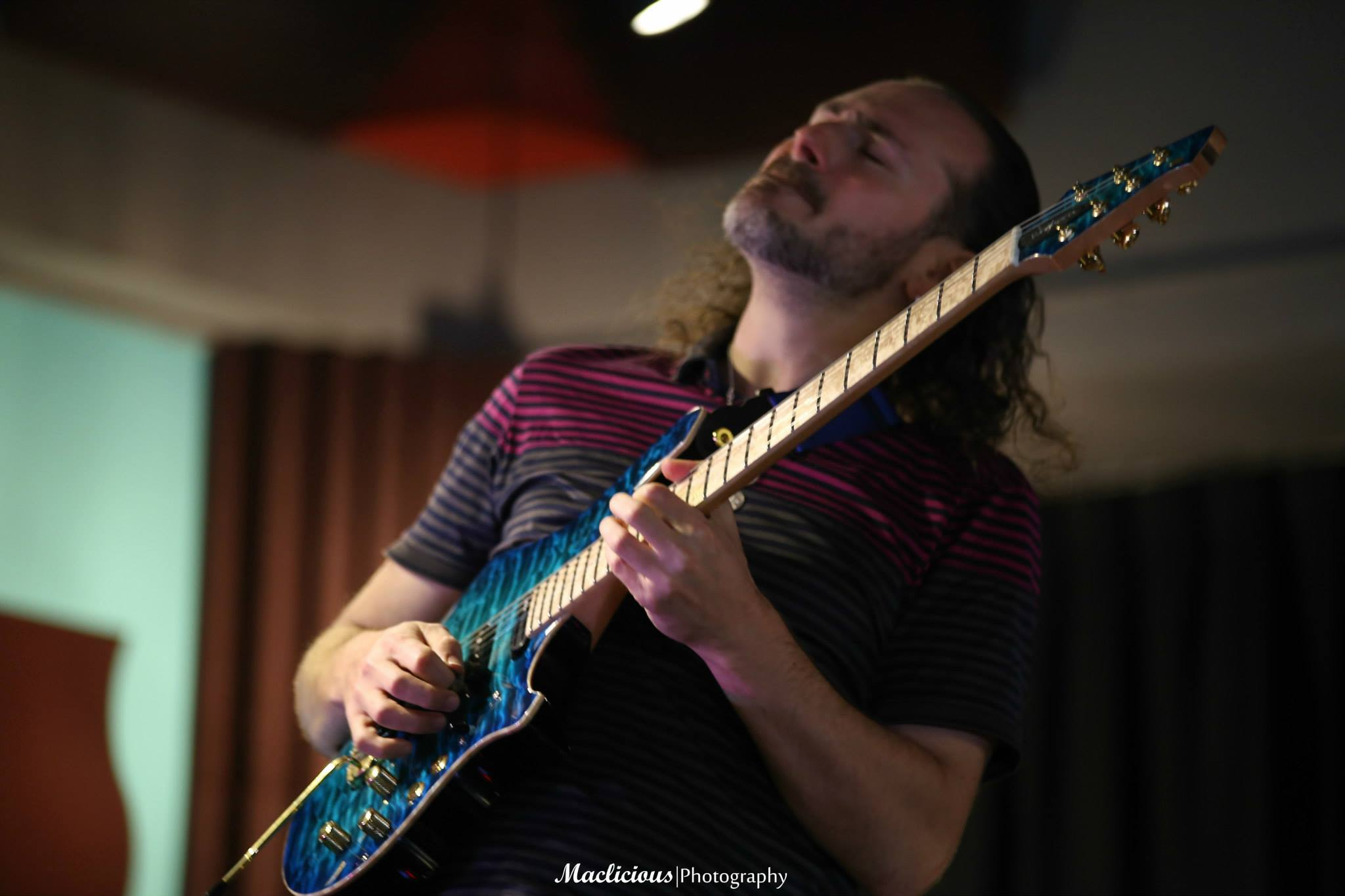 Alex Hutchings Guitar Clinic at ZOSO