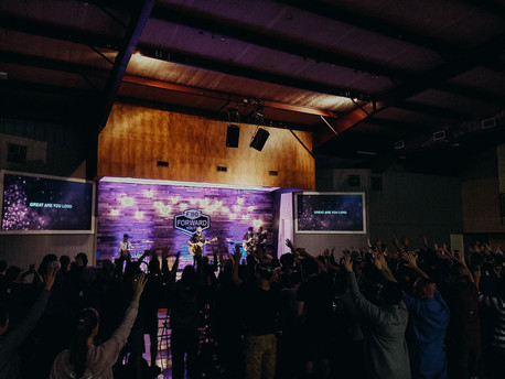 youth worship.jpg