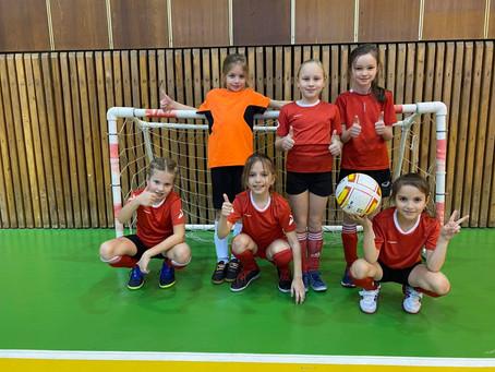 Турнир по мини-футболу среди девочек
