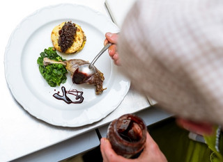 Indulge – How We Provide An Exceptional Dining Experience