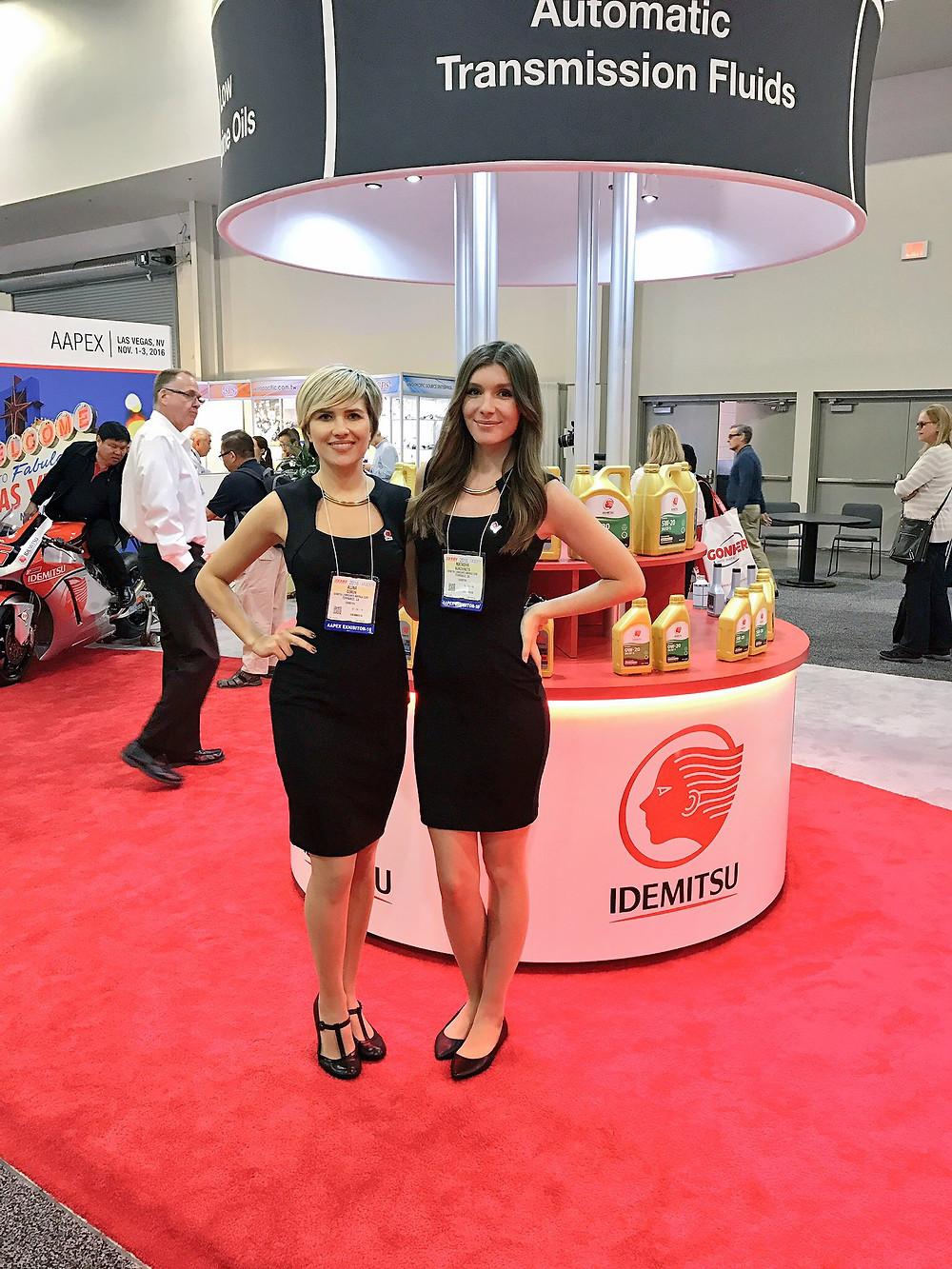 las vegas trade show models, attract agency, las vegas modeling agencies, las vegas convention models