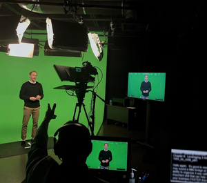 Las Vegas on camera talent, Las Vegas teleprompter talent, attract agency