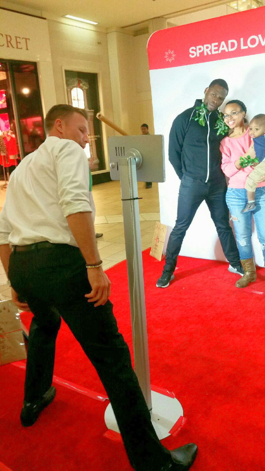 simon malls, spread love, nationwide event staffing, nationwide promotional staffing