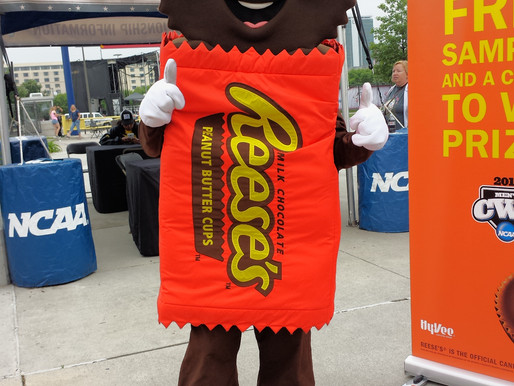 reese's   college world series 2015