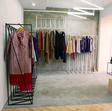 shop / comode