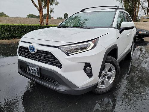 2021 Toyota RAV4 XLE Hybrid