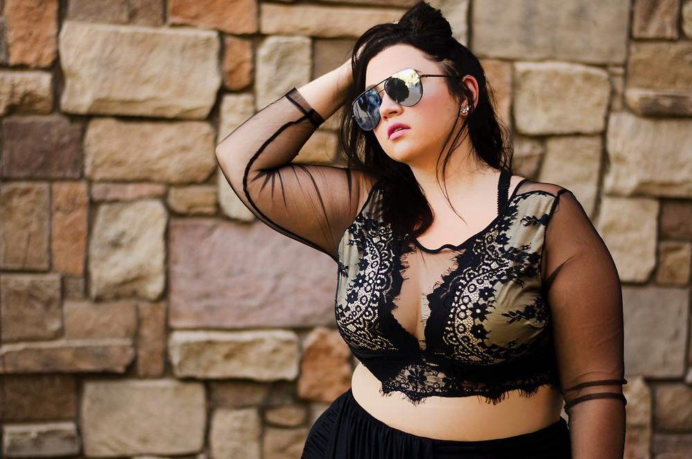 crystal coons sometimes glam mesh croptop ootd fashion blogger phoenix az plus size fashion