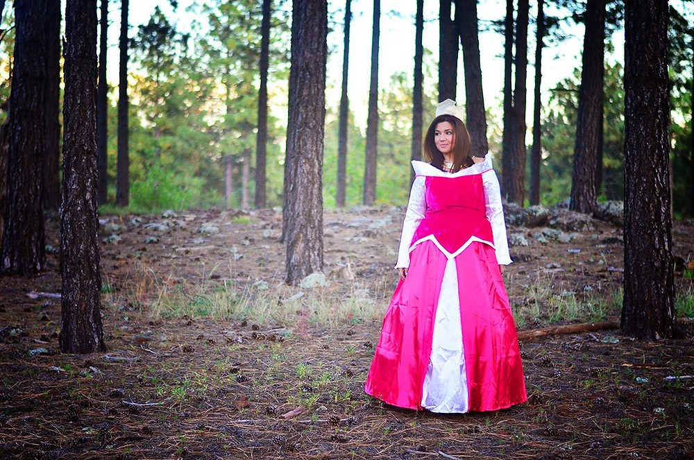 Crystal Coons OOTD Halloween Costume Disney Plus Sized Halloween Costume Princess Aurora Cosplay Sleeping Beauty Cosplay plus size princess