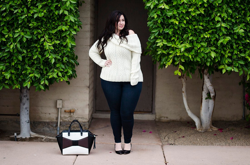 casual friday ootd crystal coons plus size model what to wear casual jeans and sweater