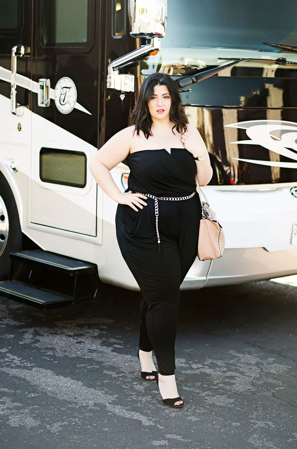 plus size travel jumpsuit nicole curves on a budget crystal sometimes glam blogger collab phoenix travel ootd city chic fashion to figure