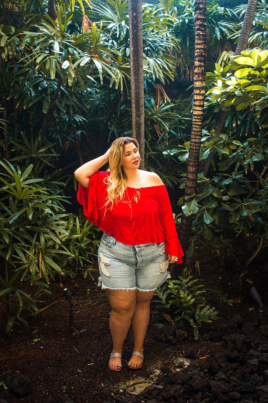 good american, showpo, rainforest, jungle, ootd, hawaii, big island, red, denim shorts`