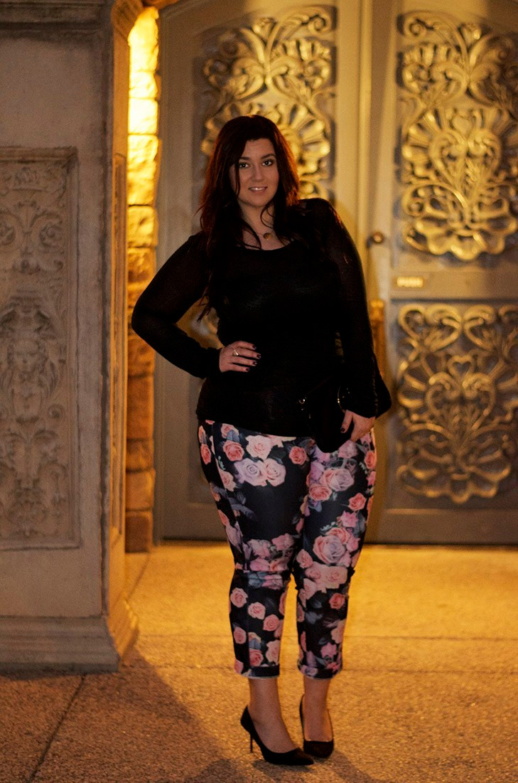 crystal coons plus size happy hour ootd cropped pants floral pants tory burch