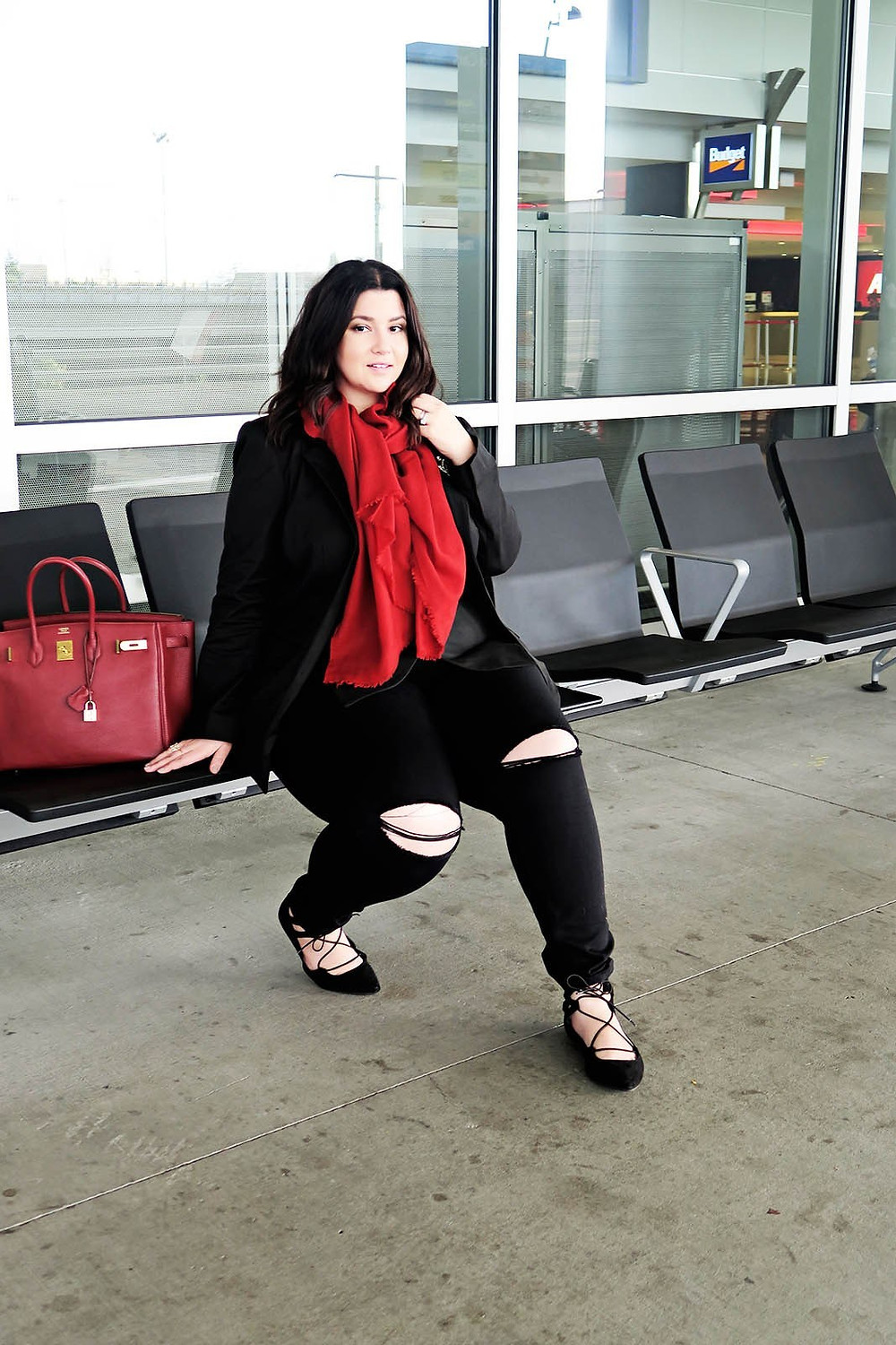 plus size travel ootd universal standard crystal coons phoenix az seattle travel planes airport chic