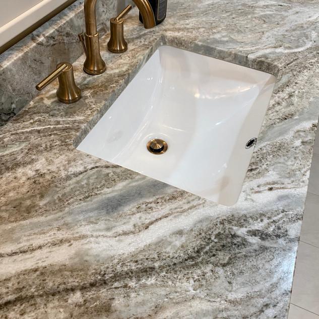 Undermount vanity sink