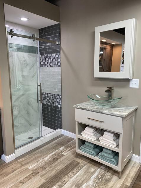 Shower & Vanity Display