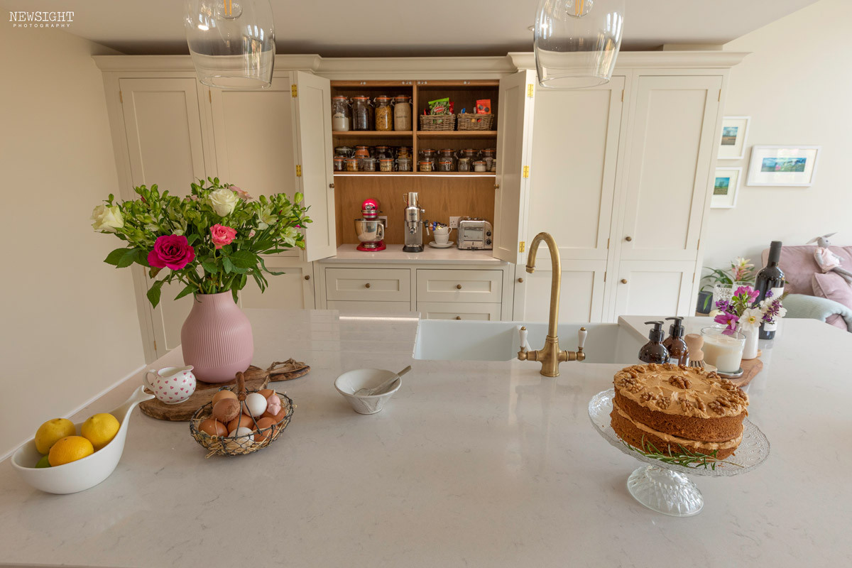Tenacity-kitchen-2fb1web.jpg