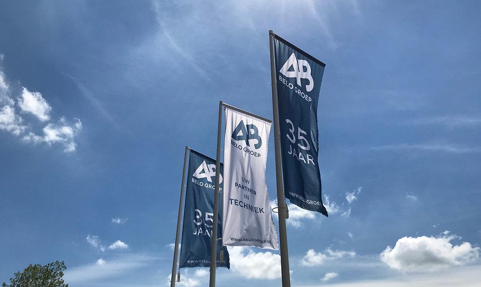 vlaggen_35jaar
