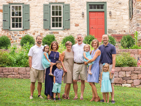 The Heck Family | Extended Family Session at Historic Poole Forge