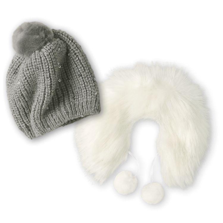 Warm & Cozy Winter Hat and Shawl $15