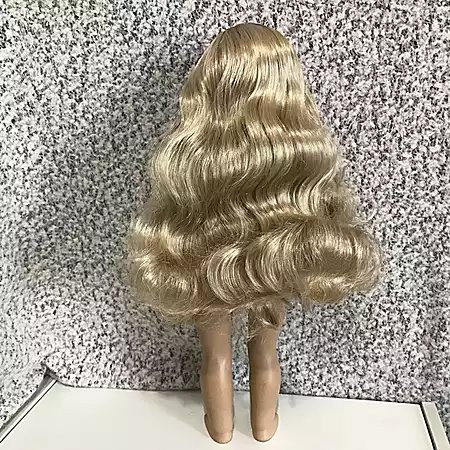 tenney grant, american girl tenney, american girl contemporary line, tenney kellen hertz, tenney american girl, american girl taylor swift doll, taylor swift doll, contemporary character 2017