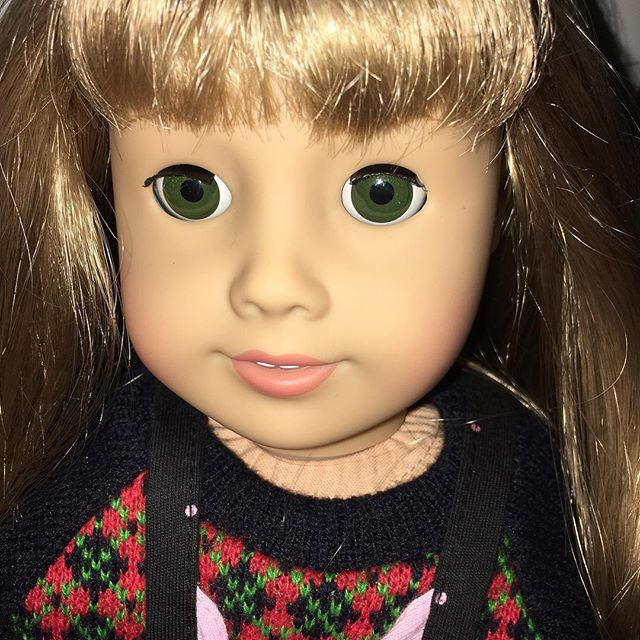 Hi! I'm Ella.