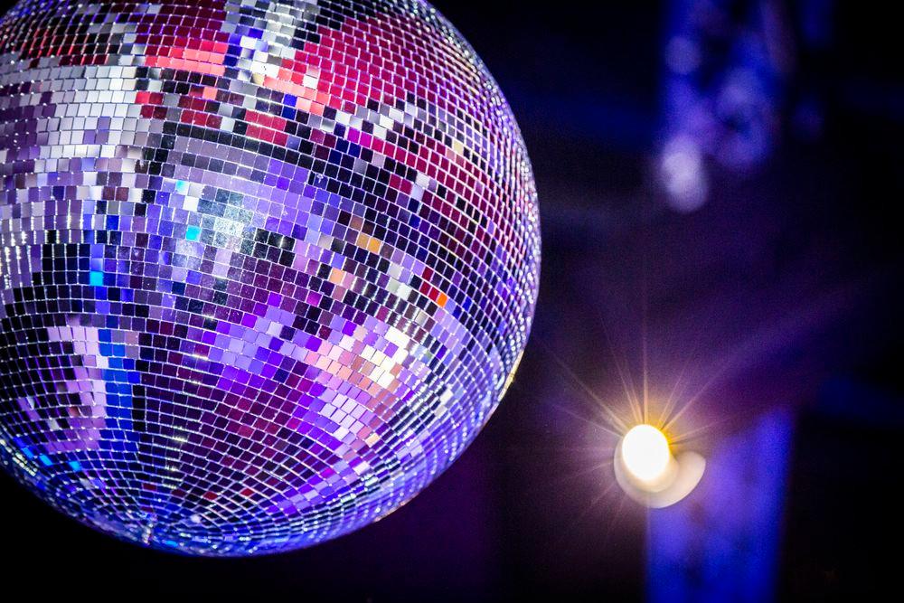 location boule à facettes disco
