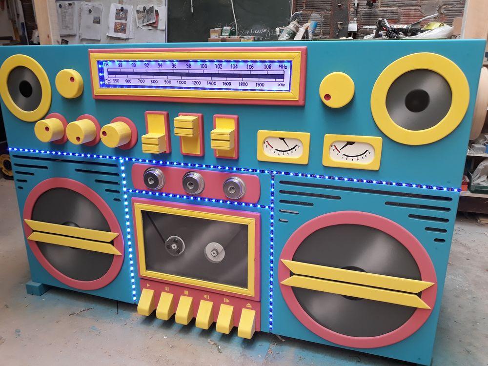 location Desk DJ radio géante