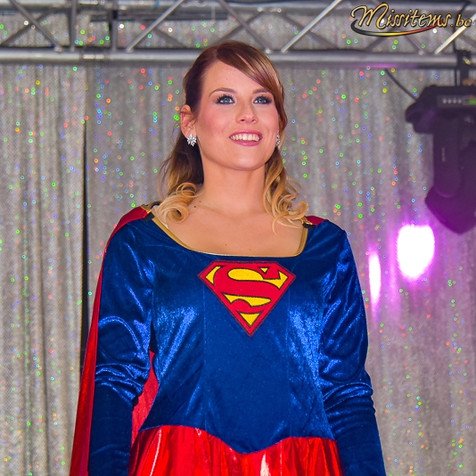 déguisement-super-woman-tournai-attitude