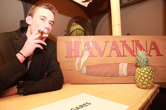 location panneau Havanna avec cigare