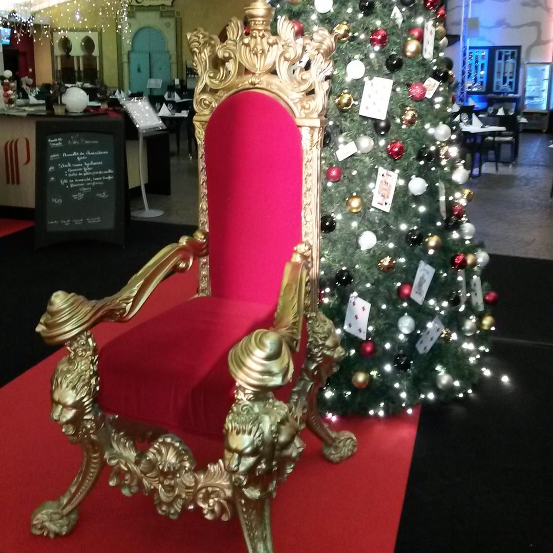 grand trône de saint nicolas doré