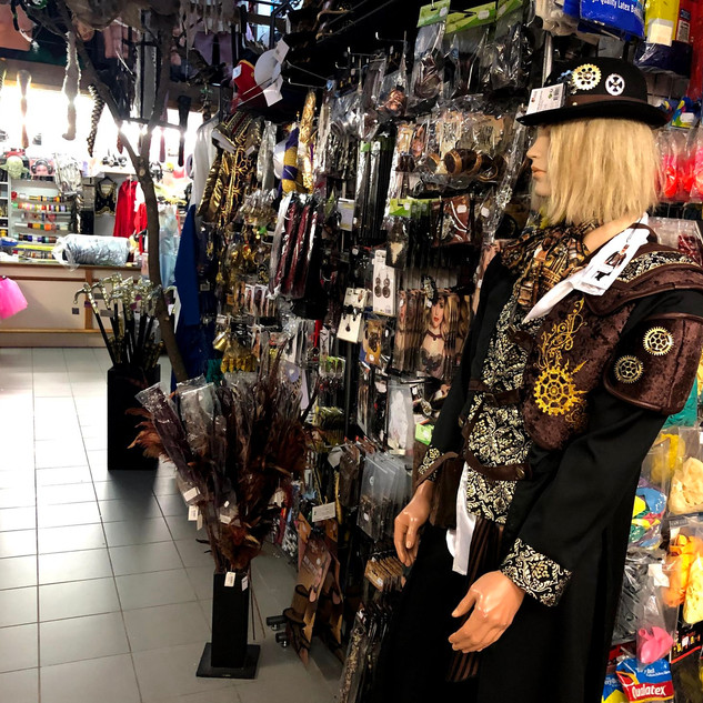 magasin-deguisement-tournai-attitude-sho