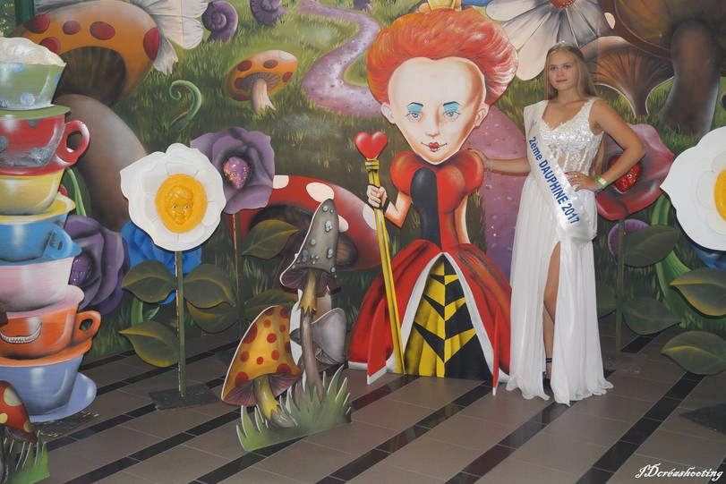 location décor fond jardin Alice au Pays