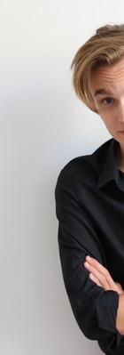 Foto_1 schwarzes Hemd.jpg