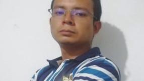 Reconocimiento a Andrés Dickinson
