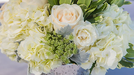 Flowers at a Southern California Wedding - Photographed by Rachel Melanie Wedding Photography