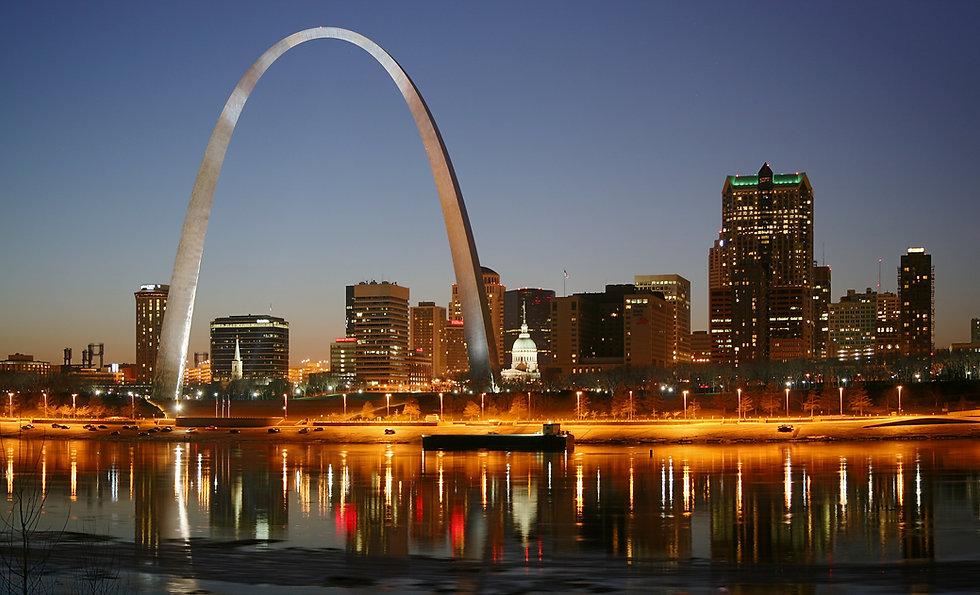 St_Louis_night_expblend3.jpg