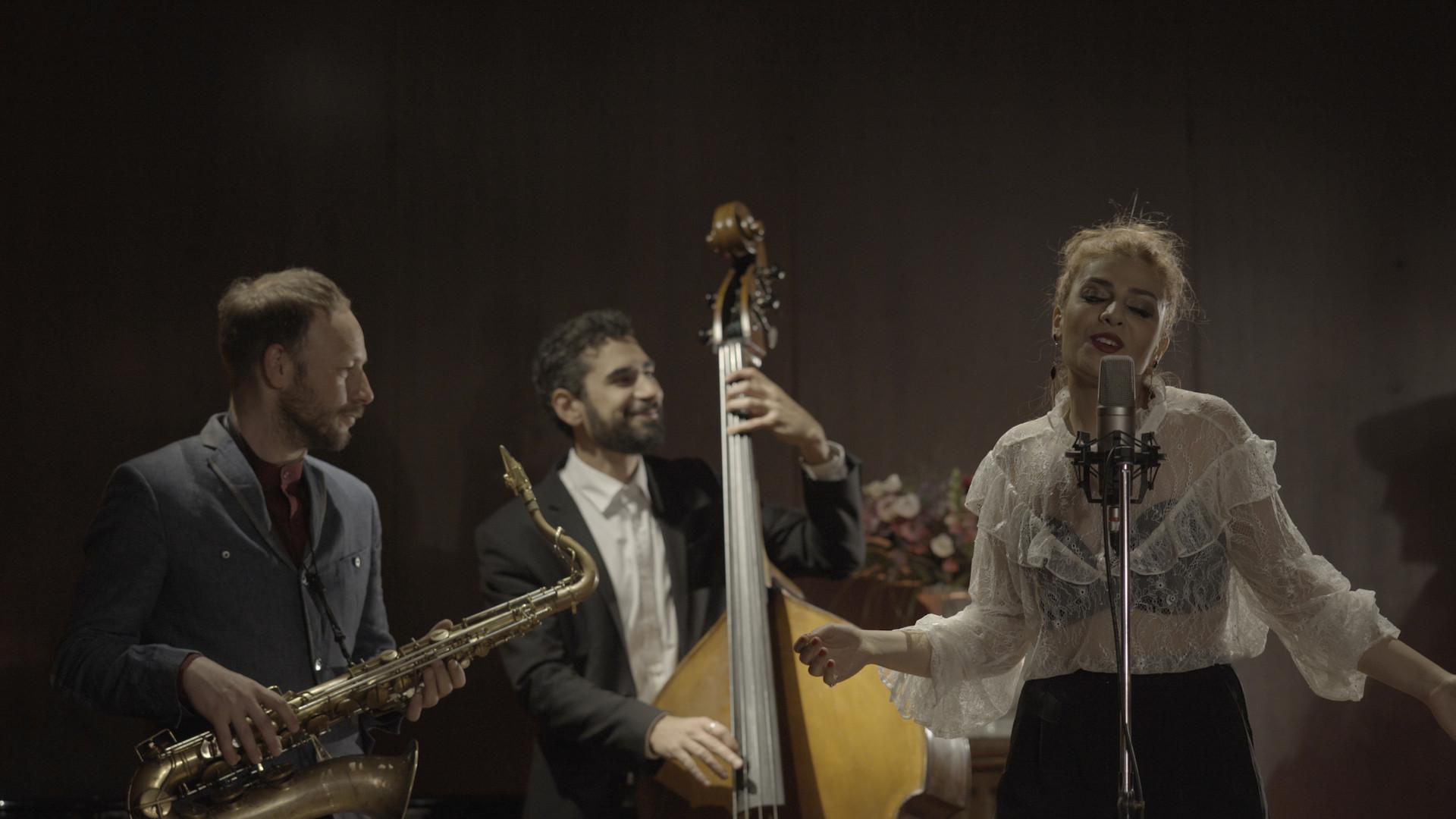 Yas Khaleghi Jazz