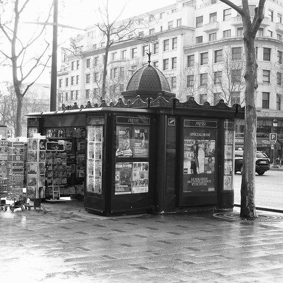 Parisian News Stand