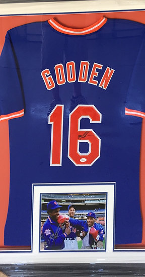 NY Mets - Dwight Gooden Signed Jersey with picture