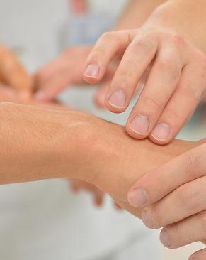 Reiki, massages ayurvediques, californiens au cabinet voyageento.com à Saint Brevin 44